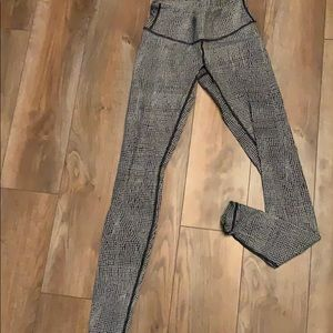 lululemon athletica Pants - Lulu lemon gray leggings